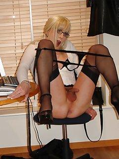 Crossdresser Porn Pics