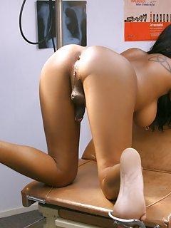 Ebony Ladyboy Porn Pics